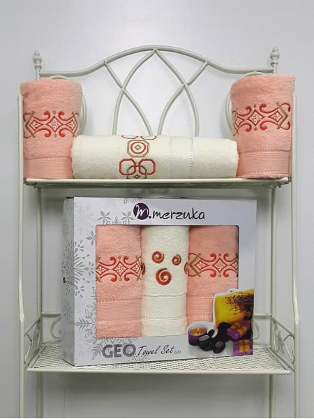 Комплект махр.полотенец 3шт (50*90х2шт+70*140х1шт) Merzuka Гео(розовый)